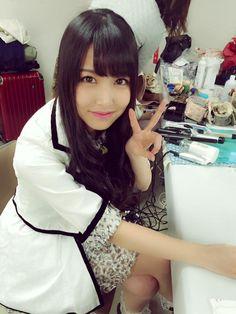 Shiroma Miru (白間美瑠) - NMB48 - Team M #gravure #jpop #idol #nmb48 #beautiful #japan #Twitter #selfie  ソロレーン待ってます♡   by みるるん  同じくソロレーンのふぅちゃんは 只今横でメイク中です(笑)