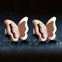 New 1 Pairs Rose Gold Color Butterfly Shape Romantic Stud Earrings for Women Fashion Jewelry Women Gifts Elegant Earrings
