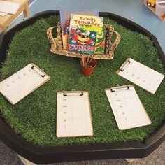 Yesterday's tuff spot; the children have been struggling with tricky words; recognising and spelling. I placed some books and ticklists out… Tricky Word Games, Sight Word Games, Sight Word Activities, Phonics Lessons, Teaching Phonics, Eyfs Classroom, Classroom Displays, Pre K Activities, Phonics Activities