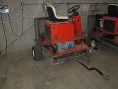 Smithco Electric Greens Roller - For Sale -   This one has new batteries and there is a second one that needs batteries.