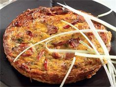 Spek-en-chorizo-tert South African Dishes, South African Recipes, Ethnic Recipes, Quiche Recipes, Tart Recipes, Cooking Recipes, Yummy Recipes, Savoury Recipes, Dutch Oven Recipes