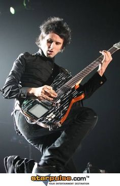 Matthew Bellamy – MuseWiki: Supermassive wiki for the band ...