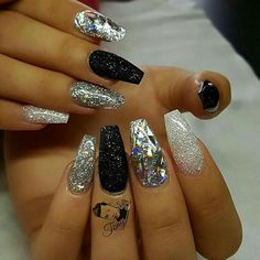 Black Silver Nail Designs Collection 37 black glitter nails designs that you can make eazy glam Black Silver Nail Designs. Here is Black Silver Nail Designs Collection for you. Black Silver Nail Designs black and silver nail art designs. Nagel Bling, Hot Nails, New Year's Nails, Nagel Gel, Cute Nail Designs, Silver Nail Designs, Glitter Nail Designs, Black And White Nail Designs, Diamond Nail Designs