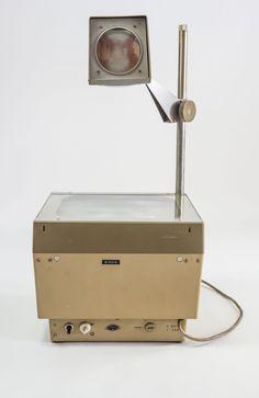 """DDR Museum - Museum: Objektdatenbank - """"Polylux"""" Copyright: DDR Museum, Berlin. Eine kommerzielle Nutzung des Bildes ist nicht erlaubt, but feel free to repin it!"""