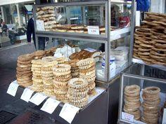 koulouria in Thessaloniki Greece Greek Design, Thessaloniki, Greek Recipes, Pretzels, Culture, Spaces, Country, Photos, Diy