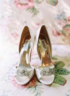 Wedding shoes - gorgeous picture