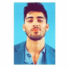 Zayn Malik Wallpaper, Prince Charming, Cute Wallpapers, One Direction, Ramadan, Feel Good, Love Her, Islam Quran, Messi