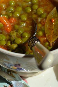 "Grašak ""na gusto"" — Coolinarika Croation Recipes, Bosnian Recipes, Macedonian Food, Vegetarian Recipes, Healthy Recipes, Veggie Dishes, Copycat Recipes, Baking Recipes, Good Food"