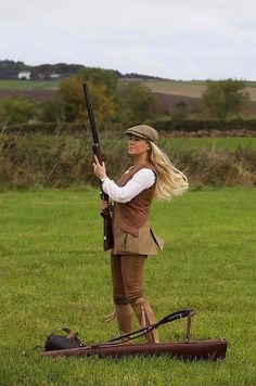 The Best Concealed Carry Guns For Women - Allgunslovers Country Wear, Country Fashion, Country Outfits, Countryside Fashion, Country Attire, Western Outfits, Country Style, Shooting Boots, Game Shooting