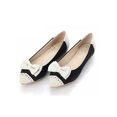 These two tone bow flats can be worn day to night and add an elegant touch to any outfit. Black and white is on trend for Fall 2012. Retail price $59.00 goodkoop price $21.99