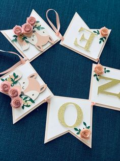 Woodland ONE Banner – ONE baby animals banner – ONE floral banner – Floral Banner – Baby Fox banner – Pink and gold glitter banner – marta sarbla - Baby Animals Woodland Animals Theme, 1st Birthday Banners, Floral Banners, Diy Banner, Happy Party, High Chair Banner, Flower Wall Decor, Party In A Box, Diy Garland