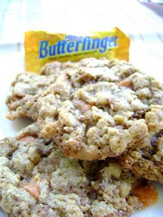 "Crispy butterfinger cookies recipe. made with a ""secret"" ingredient which makes the cookies crispy AND chewy!"