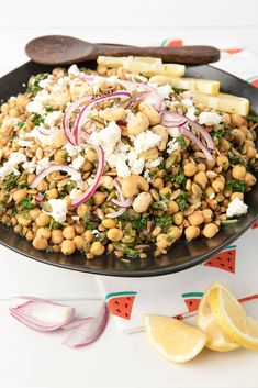 Wild Salt Spirit: This chickpea tabouli recipe ticks all my weeknight meal boxes! It can be made in five minutes and can be a quick side dish or vegetarian main meal. Quick Side Dishes, Side Dish Recipes, Dinner Recipes, Weeknight Meals, Easy Meals, Tabouli Recipe, Vegetarian Main Meals, Cooking Recipes, Healthy Recipes