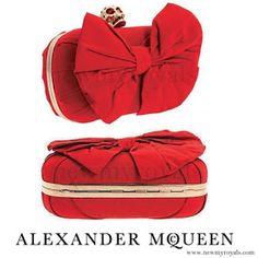 Kate Middleton - ALEXANDER MCQUEEN Clutch