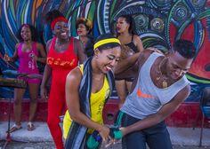 9 reacciones del cubano ante la música. #musica #baile #cuba http://www.cubanos.guru/9-reacciones-del-cubano-ante-la-musica/
