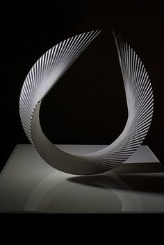 Sculpture en papier #papier #art #sculpture #paperart