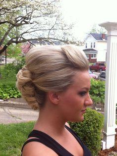 Simple but elegant formal style