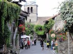 I loved Yvoire, France, off Lake Geneva in Switzerland Quaint street and shops