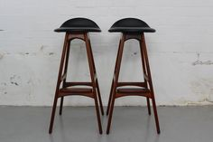 Pair of Erik Buck rosewood bar stools - O D Mobler twentiethcenturyantiques.co.uk