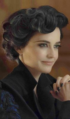 Eva Green ✾ 'Miss Peregrine's Home for Peculiar Children' Colleen Atwood, Tim Burton, Eva Green Penny Dreadful, Miss Peregrine's Peculiar Children, Actress Eva Green, Miss Peregrines Home For Peculiar, Isabelle Adjani, French Actress, Portraits