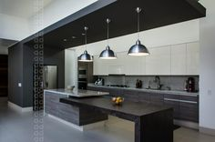 de estilo por homify, moderno CASA AGR: Cocinas de estilo moderno por ADI / arquitectura y diseño interior Kitchen Room Design, Luxury Kitchen Design, Luxury Kitchens, Interior Design Kitchen, Home Kitchens, Kitchen Decor, Modern Kitchen Cabinets, Big Kitchen, Kitchen Living