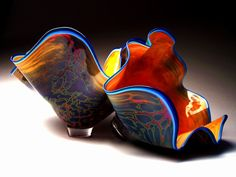 Glow Vein Clamshell from Sutherland Glass Art