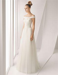 Nice shape to this dress
