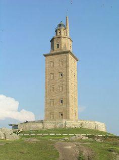 La Torre de Hércules es una torre y faro situado en la península de la ciudad de A Coruña, en Galicia (España). Su altura total es de 57 m de altura, sobre una colina, y data del siglo I. Tiene el privilegio de ser el único faro romano y el más antiguo en funcionamiento del mundo. Es el tercer faro en altura de España, por detrás del Faro de Maspalomas (60 msnm), y del Faro de Chipiona (62 msnm). El 27 de junio de 2009 fue declarado Patrimonio de la Humanidad por la Unesco.