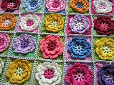 Free pattern  Ravelry: Flower square pattern by Beata Basik