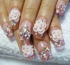 Rinestone nails
