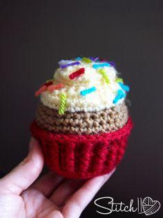 Free Crochet Cupcake