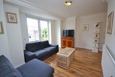 Beautiful one bedroom apartment situated on the ground floor of this well maintained portered block in the heart of Marylebone.