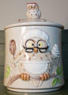 Vintage Owl Cookie Jar made in Japan by Enesco