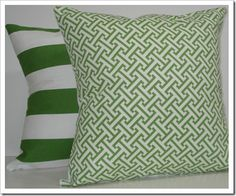 love this pillow combination - try to find something similar in black and white or with pop of red