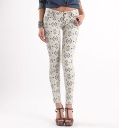 Bullhead Black South Tribe Printed Skinniest Jeans.. SOO cutee ! I would wear those with a jean tie at waist shirt with some toms !! (: #pacsun #bullheadblack