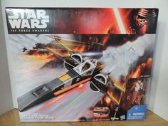 Resistance x-wing special edition Poe Dameron. The modern incarnation of a classic design, the Incom T-70 X-wing fighter is the signature combat craft of the Resistance forces in their fight against the First Order.