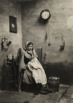 Shetland woman knitting, vintage photo, Shetland Islands, Scotland.