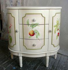 Sydney Barton - Painted Furniture ♡