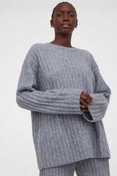 Ribbed Wool-Blend Sweater Pax Wardrobe, Work Wardrobe, Jersey Oversize, Love Fashion, Fashion Outfits, Loungewear Outfits, Grey Sweater, Jumper, Fashion Company