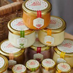 Разработка торговой марки кремового меда Miel de l'amour: дизайн товарного знака и концепция дизайна упаковки всего ассортимента продукции.