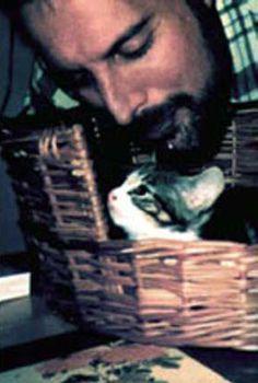Freddie Mercury with a kitten.