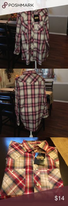 Guide Gear men's plaid shirt 👔Guide Gear men's plaid shirt.  Size large. Snap bottom👍🏻 looks great with a vest!  Would make a great 🎁!  Thanks for looking in my closet 💋 Guide Gear Shirts Casual Button Down Shirts