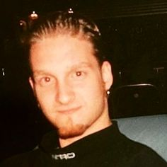 VK is the largest European social network with more than 100 million active users. Alice In Chains, Chains For Men, Jerry Cantrell, Mad Season, Layne Staley, Glam Metal, Fallen Heroes, Rock Legends, Most Beautiful Man