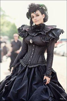 Resultado de imagen de steampunk gothic fashion
