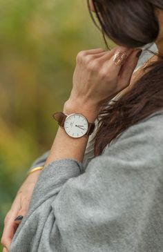 Ventre privilège sur la collection Daniel Wellington disponible sur le site de The Tops - Série photo par Punky B