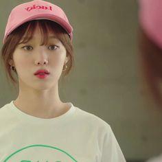 Korean Actresses, Korean Actors, Actors & Actresses, Drama Korea, Korean Drama, Bts Eyes, Lee Sung Kyung, Weightlifting Fairy Kim Bok Joo, Actor Picture