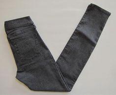 Gap 1969 Legging Jeans 27 4 Gray Midweight Snakeskin Print Skinny stretch Denim #GAP #Snakeskin #LeggingJeans