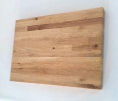 Trancherskärbräda i stavlimmad ek. Cuttingboard in oak.