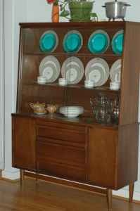 Beau Vintage 1950u0027s China Hutch. I Would Paint It To Match My Kitchen/dining  Room. | House And Yard Ideas | Pinterest | China, Kitchens And Room