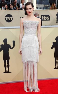 Allison Williams in Ralph & Russo, from 2018 SAG Awards Red Carpet Fashion | E! News